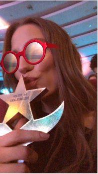 serenaysarikaya 1 197x350 - Serenay Sarıkaya'ya 'En İyi Dizi Oyuncusu' Ödülü