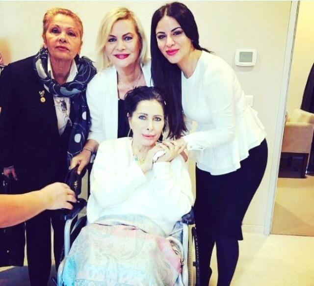 nuray - Nuray Hafiftaş'tan kötü haber! Kanser tedavisi gören sanatçı, yoğun bakıma alındı. Durumu ağır!