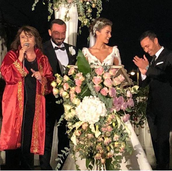 Hakan Baş - Bensu Soral Çiftinin Nikah Şahitliğini Mustafa Sandal Yaptı