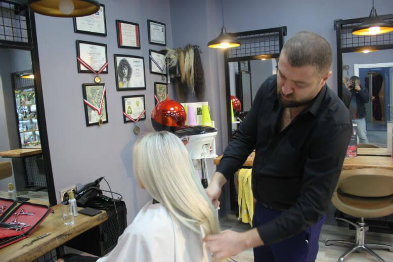 saç tasarım uzmanı Uğur Yıldız