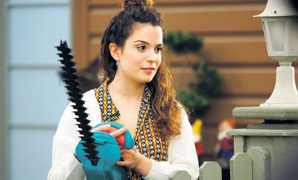 Aslı Bekiroğlu, Jet Sosyete dizinde canlandırdığı Melike karakteriyle çok sevildi.