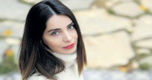 Nur Fettahoğlu'nun Küvetteki Olay Pozu