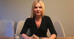 Seda Akgül Canlı Yayında Beren Saat'i Ağır Eleştirdi