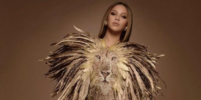 Beyonce Rufat İsmayil'in Tasarım Terliklerini Giydi!