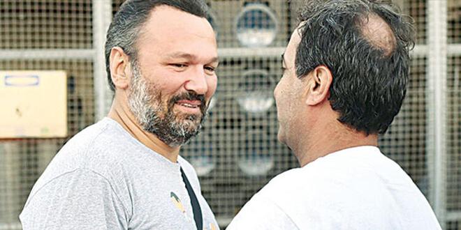 Ali Sunal'a Duygulandıran Sürpriz...
