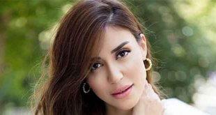 Banu Parlak Yeni Şarkı Çıkarıyor