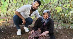Ünlü Fenomen Sattıklarına El Konulan Yaşlı Teyzeyi Ziyaret Etti