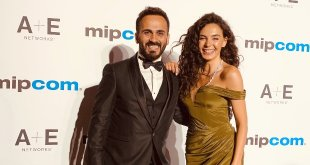 Cannes'da Ebru Şahin Rüzgarı