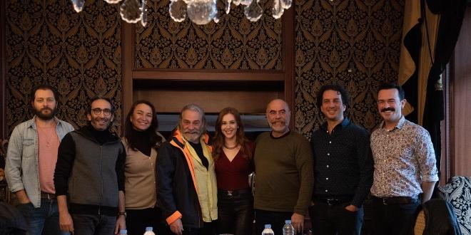 """Ezel Akay'ın Yeni Filmi """"9 Kere Leyla""""nın Çekim Hazırlıkları Başladı!"""