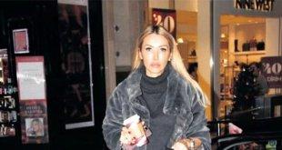 Şarkıcı Yeşim Erçetin Enes Batur'a Sitem Etti