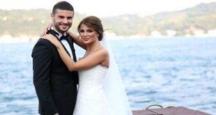 Berk Oktay Çıplak Fotoğraflarını İfşaladığını İddia Ettiği Eşinden Boşandı