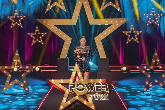 PowerTürk Müzik Ödülleri Merve Özbey