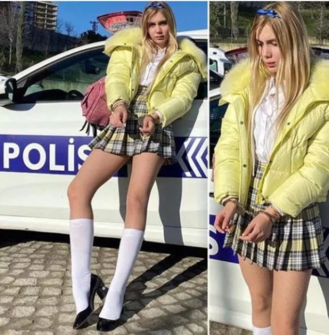 Aleyna Tilki'den Kelepçe Pozu