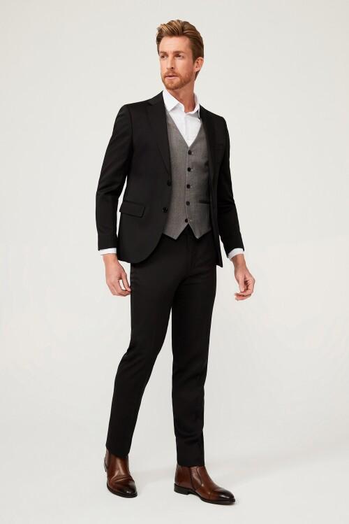 Slim Fit Takım Elbise Erkek Kreasyonu