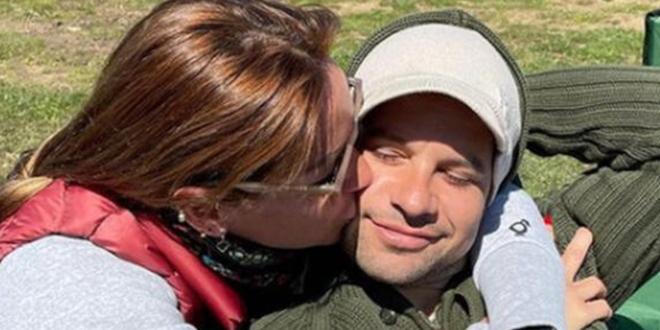 Pınar Altuğ'dan Romantik Yıldönümü Kutlaması