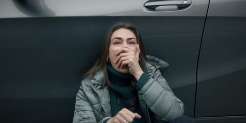 Sibel Ramo'nun Ölüm Haberini Alıyor