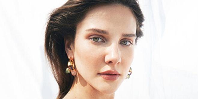Alina Boz: Aşkın Tarifi Zor
