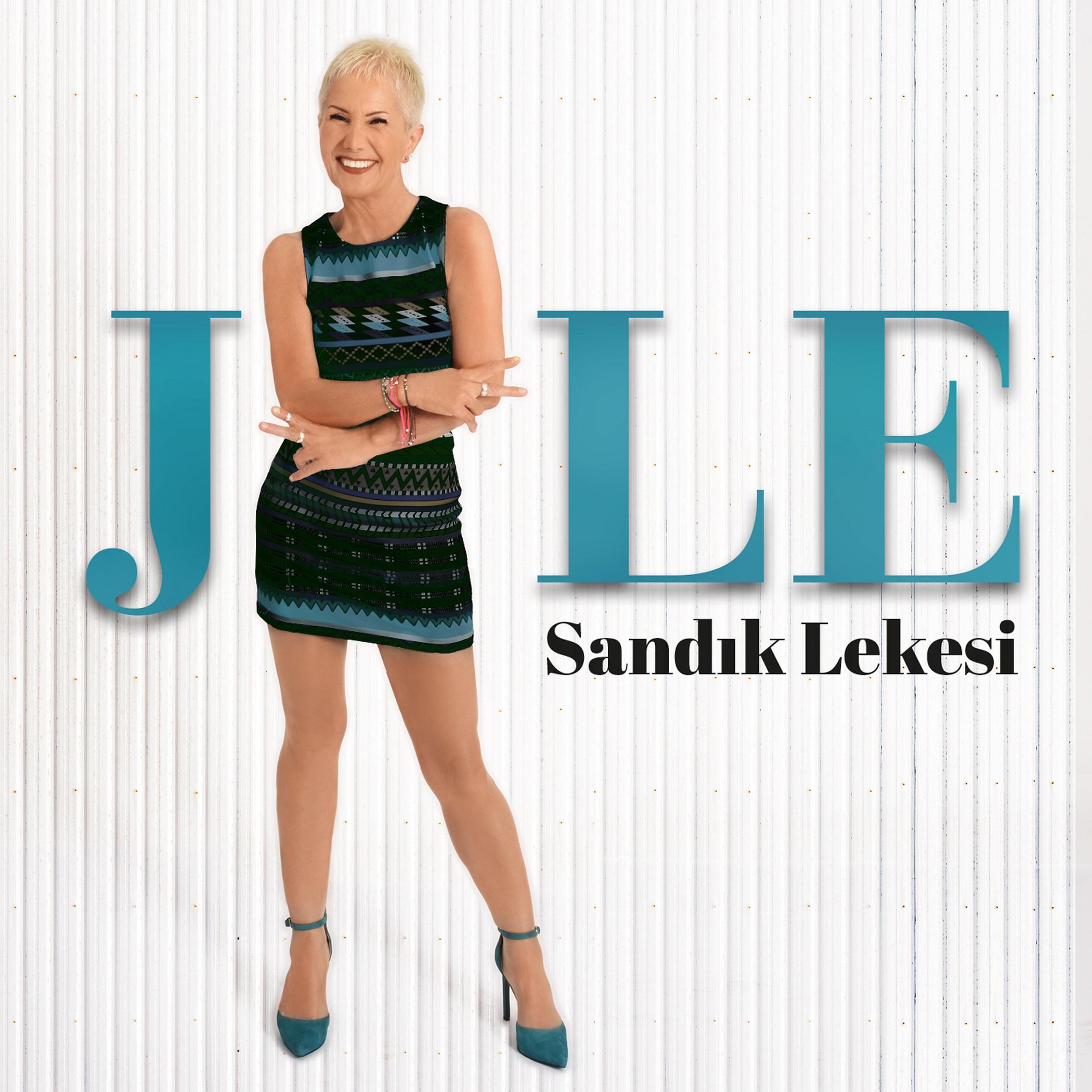 """Jale 'den Sezen Aksu Şarkısı Geliyor """"Sandık Lekesi"""""""