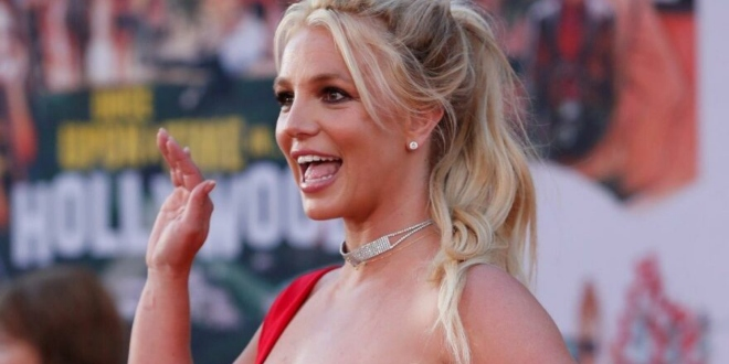 Britney Spears Çıplak Fotoğrafıyla Olay Oldu