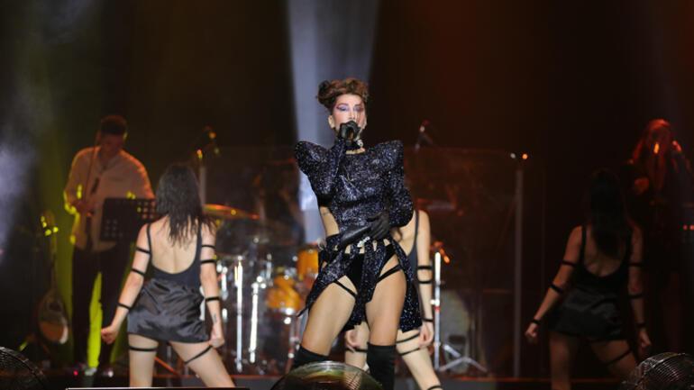 Hande Yener Kuruçeşme Konser Kareleri